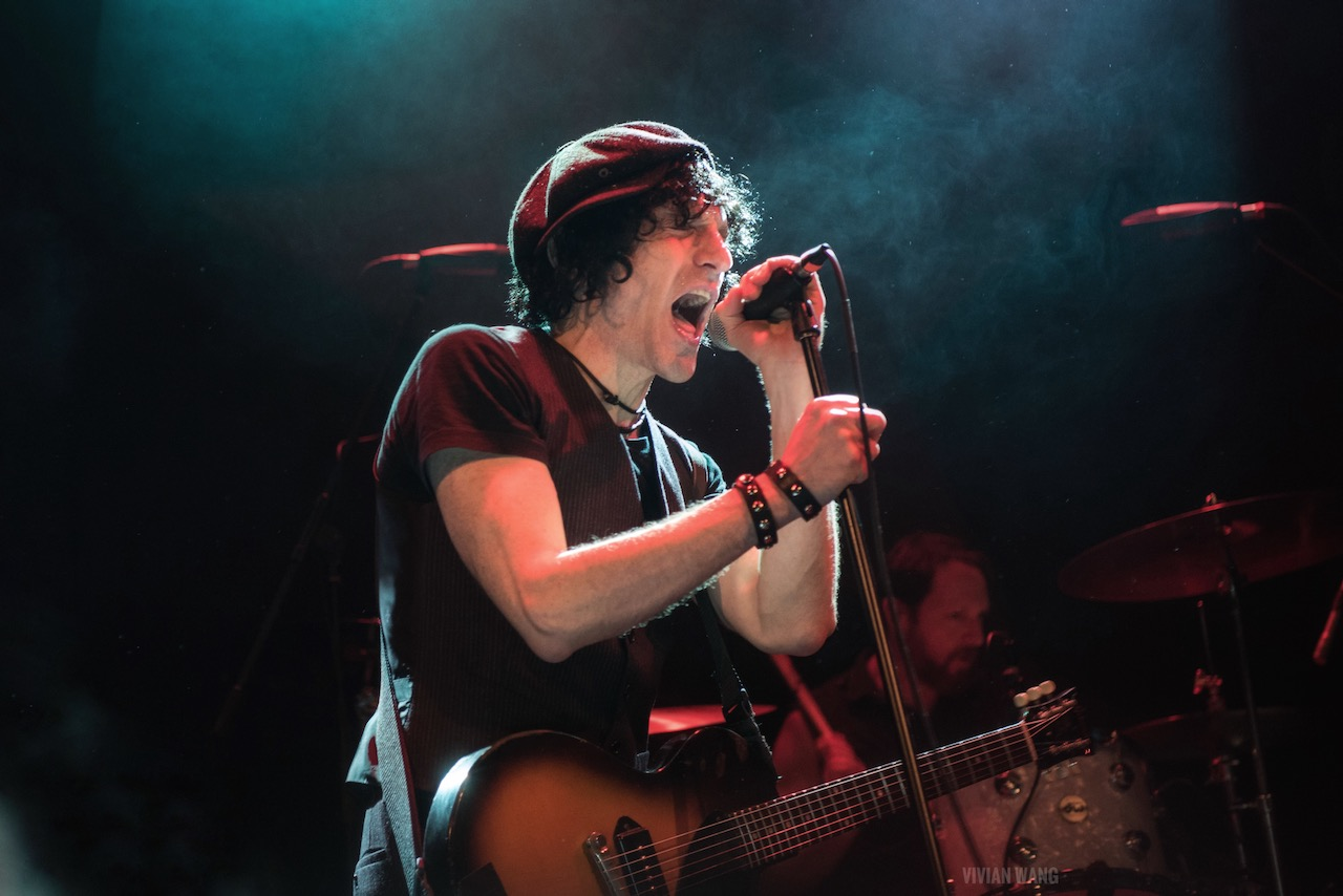 Jesse Malin, This Is London Calling @ Bowery Ballroom 12/14/19. Photo by Vivian Wang (@Lithophyte) for www.BlurredCulture.com.