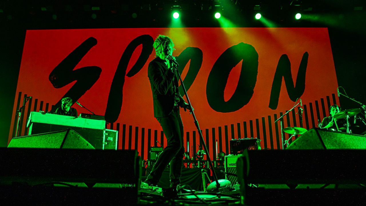 Spoon @ Intersect Music Festival 12/7/19. Photo by Derrick K. Lee, Esq. (@Methodman13) for www.BlurredCulture.com.