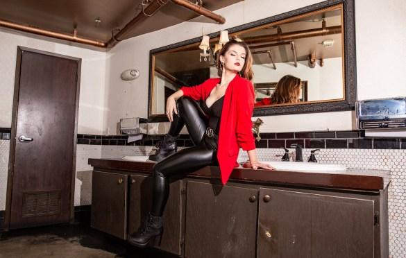 Anna Dellaria Portrait @ Madame Siam 10/5/19. Photo by Derrick K. Lee, Esq. (@Methodman13) for www.BlurredCulture.com.
