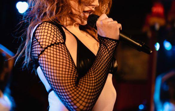 Miss Madeline @ Bar Lubitsch for We Found New Music 7/8/21. Photo by Derrick K. Lee, Esq. (@Methodman13) for www.BlurredCulture.com.