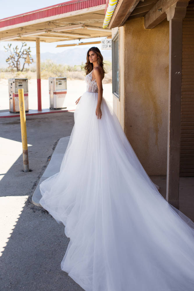 wedding gown-Mississauga-woodbridge-vaughan-toronto-gta-ontario-canada-montreal-buffalo-NYC-california