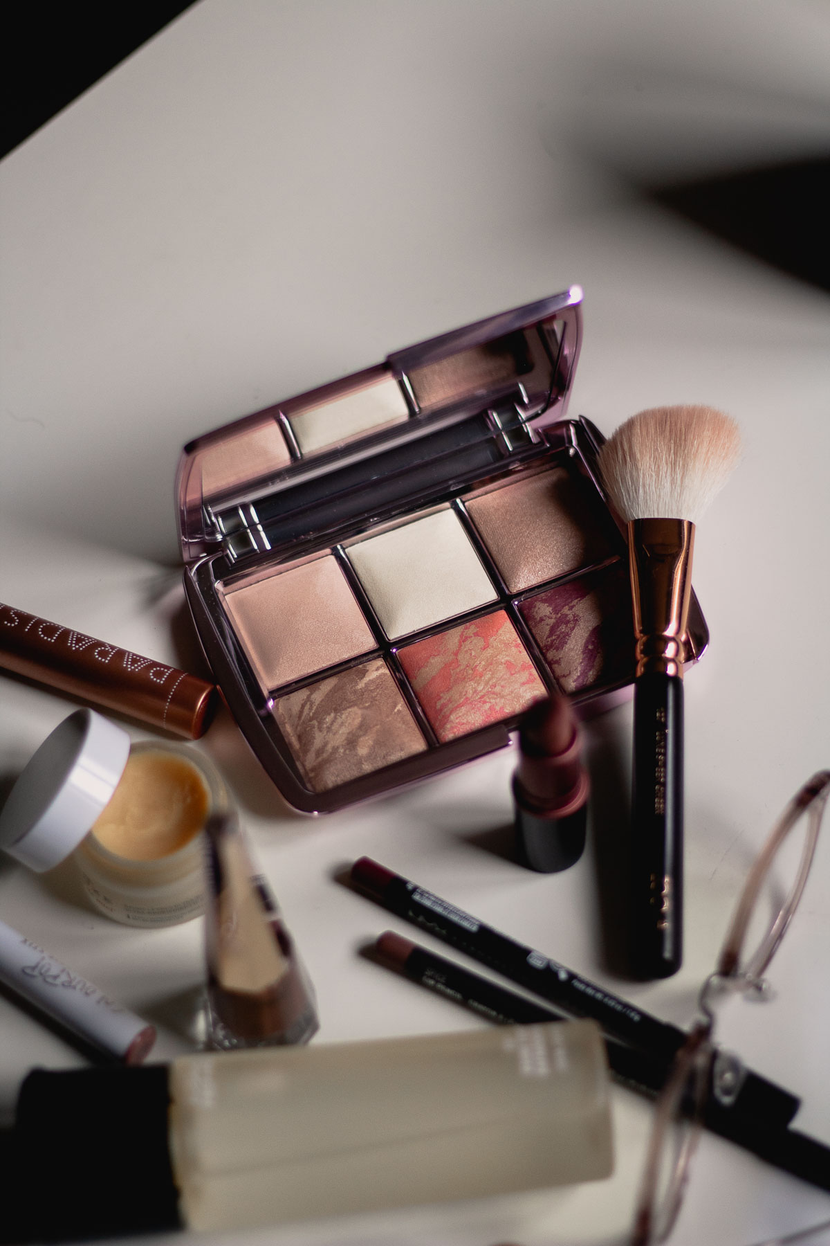 The Hourglass Ambient Lighting Edit Volume 4
