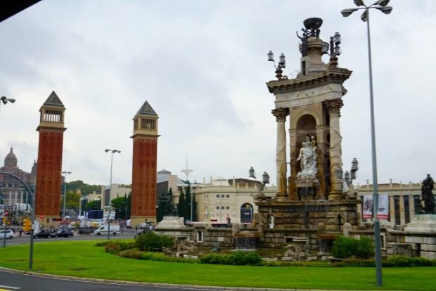 barcelona-statue