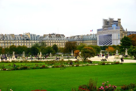tuileries-garden-fall-louvre