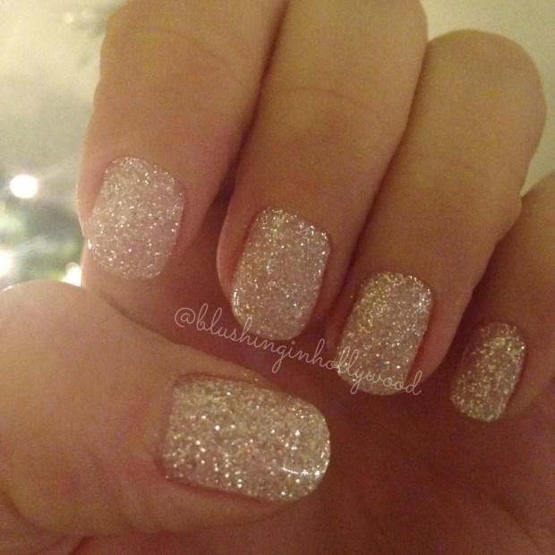 dip-glitter-white-sparkly-nails-pampered-hands-gel-manicure-last-longer