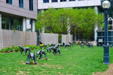 dog-statues-toronto