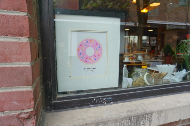 donut-worry-be-happy