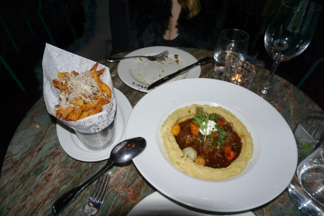 frings-toronto-short-ribs-truffle-fries