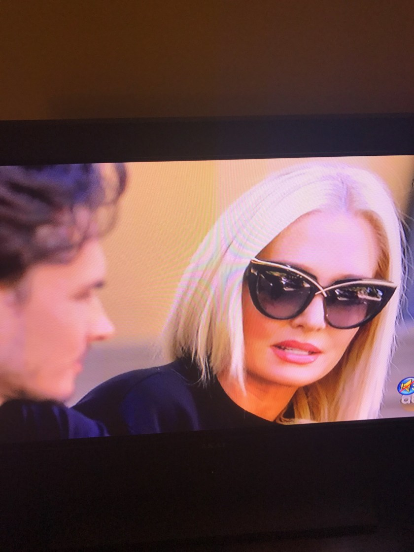 erika-jayne-cat-eye-sunglasses-dwts-2017-week-2