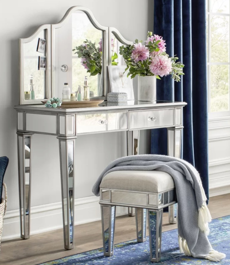 Miraculous Lyra 2 Piece Mirrored Vanity Stool Set Blushing In Hollywood Ncnpc Chair Design For Home Ncnpcorg