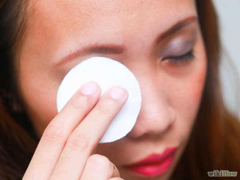 The Easiest Way To Remove The Makeup Without Side Effects 3