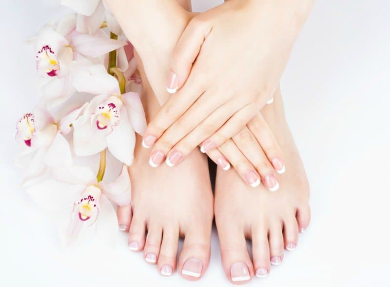 How to Whiten Feet Instantly