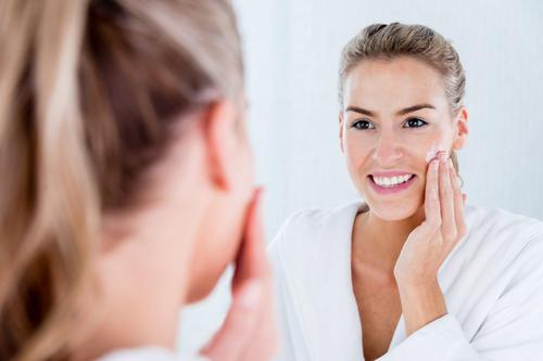 Here Are Some DIY Treatments To Tighten Your Skin 2