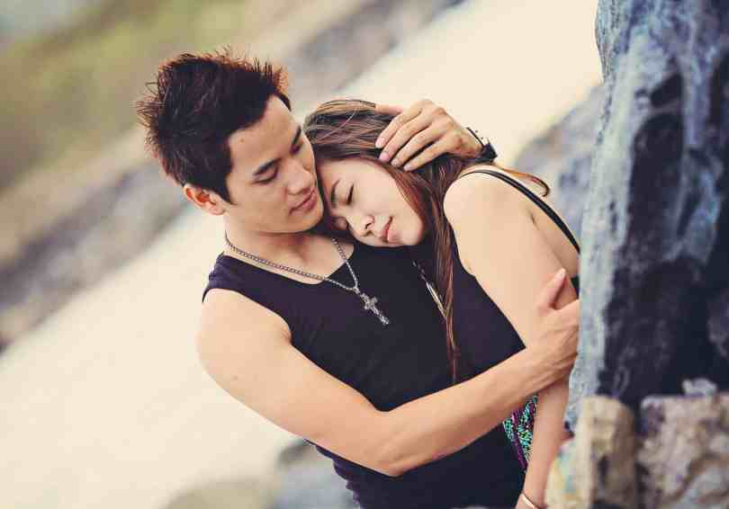 Check What Type Of Hug Reveals The Secret Of Your Relationship 5