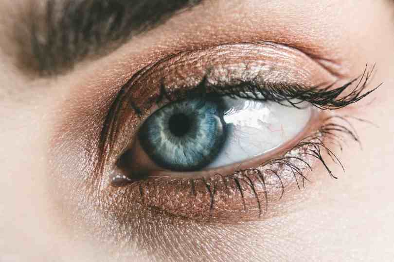 Check Some Makeup Hacks For The Lazy Girls To look Gorgeous 7