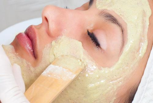 Here Are Some DIY Treatments To Tighten Your Skin 6