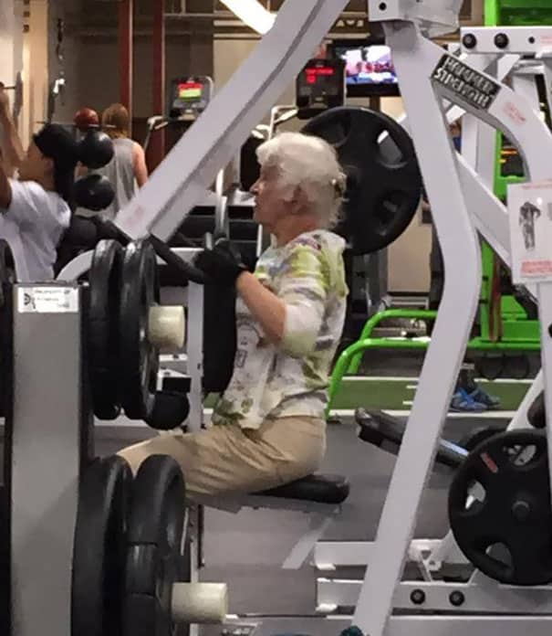 Situations When People Cannot Believe Their Eyes At The Gym 8