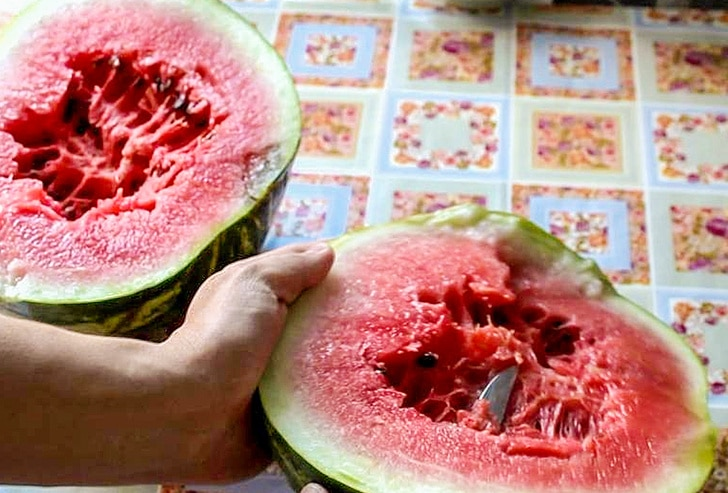 8 Best Signs Of The Nitrate Watermelon That Avoid Poisoning 7