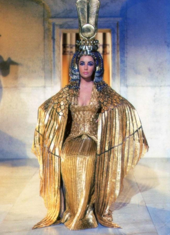 15 Best And Iconic Dresses Of All Time 8