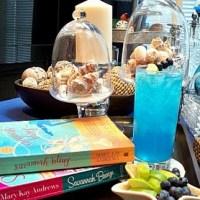 hot reading ~ blue breezes
