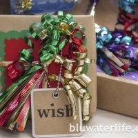 ribbon tassel gift wrap ~ holiday week