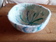 blue star wool felt silk bowl side blythwhimsies 2015-12-01 14.52.26