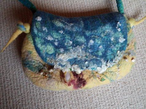 seashore felt bag wool silk shells 2 blythwhimsies 2015-12-01 15.00.02
