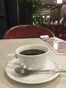 喫茶室ルノアール新有楽町ビル店 電源
