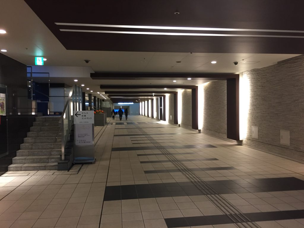 サンシャインシティ地下通路