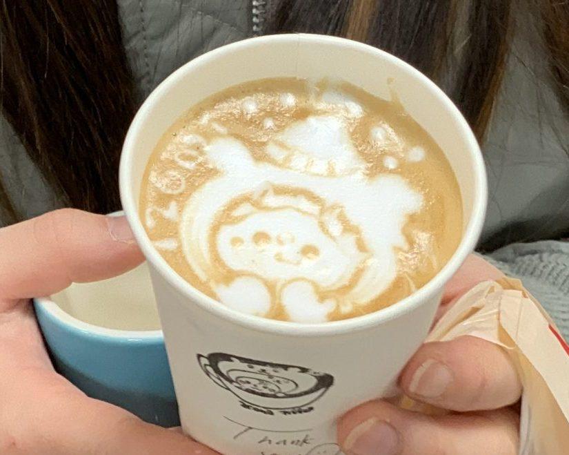 aconacoffee(アコナコーヒー) ヴィトンの手袋をした熊さん