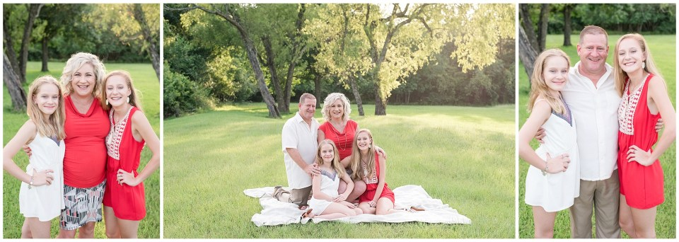 Kingwood family portrait photographer maternity session with family of four