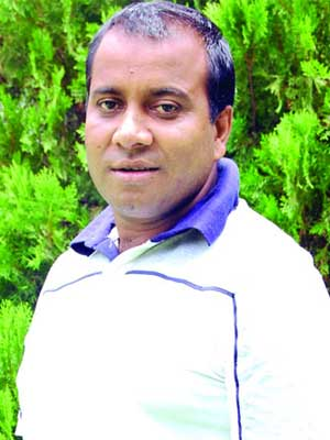 চলচ্চিত্র পরিচালক এমবি মানিক দুর্বৃত্তের গুলিতে নিহত