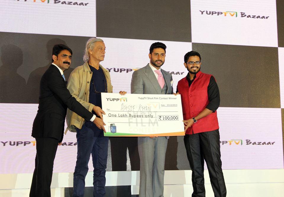 short film the poster by ahsif khan wins yupp tv short film contest in mumbai 2015