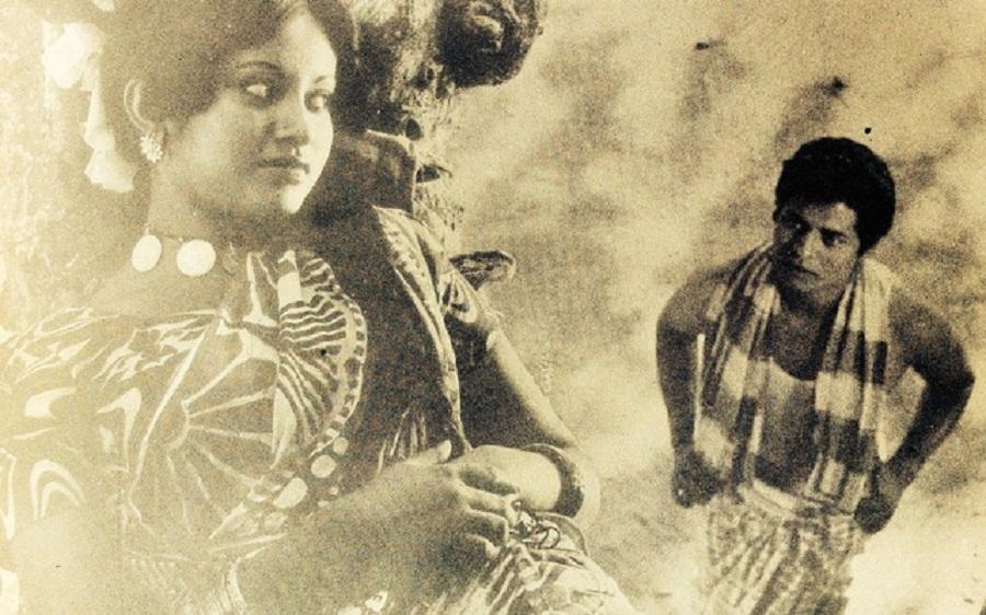 ববিতা বললেন, 'শ্রেষ্ঠ ছবি অশনি সংকেত', মানতে চান না ফারুক