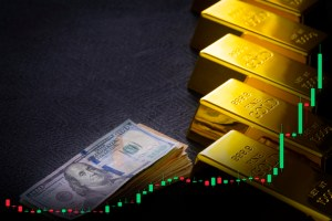 What's The Real Price of Gold? | BullionBuzz | Nick's Top Six