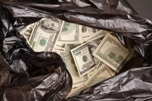 Robert Kiyosaki: Go for Gold And Silver—Cash Is Trash | BullionBuzz | Nick's Top Six