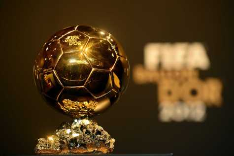 The Fifa Ballon d'or trophy is pictured ahead of the Ballon d'Or awards ceremony on January 7, 2013 at the Kongresshaus in Zurich. AFP PHOTO / OLIVIER MORIN