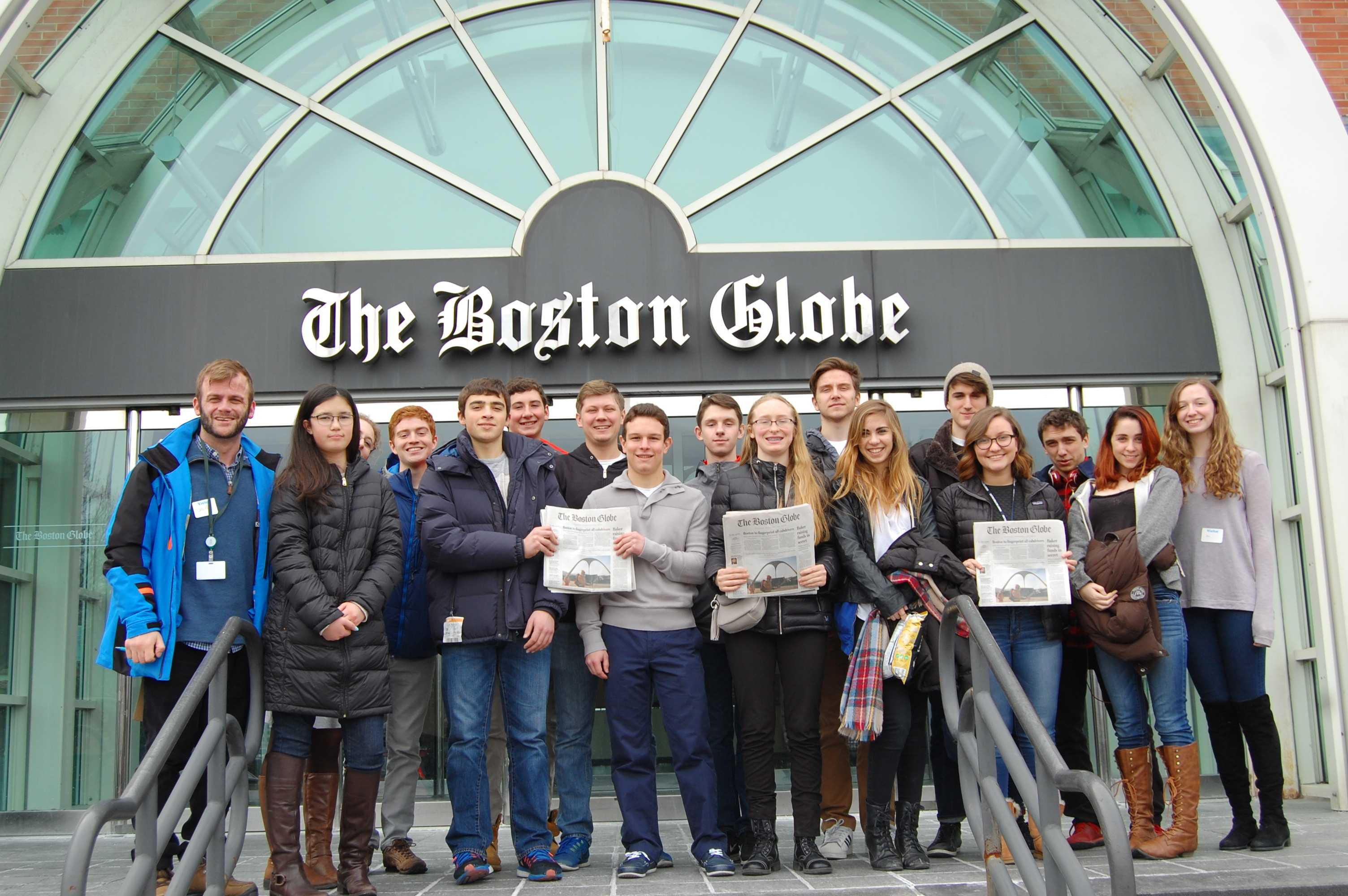 The Gator newsroom poses in front of The Boston Globe building. Photo by Noa Schabes '17