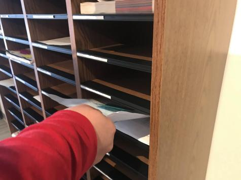 Senate Pushes for Mailboxes to Return