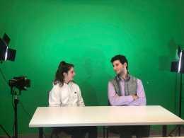 Jared Heller '19 interviewing soccer player Molly McHugh '21. Photo By Sita Alomran '19.