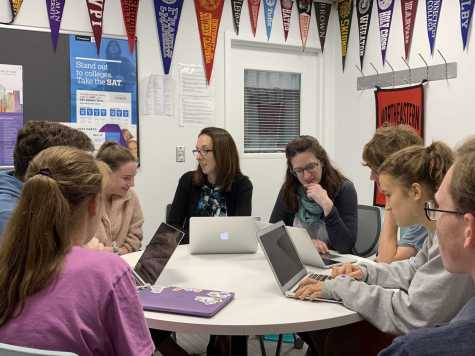 College counselors Lisa Summergrad and Anya Huston work with seniors. Photo by Nicole DeCesare.