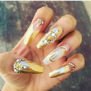 fabulous mirror nail design