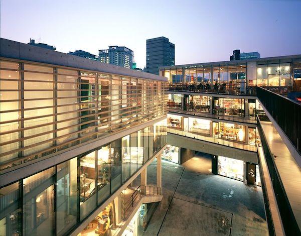 Ssamzie Gil, Insadong, Seoul, Korea, by Gabriel Kroiz