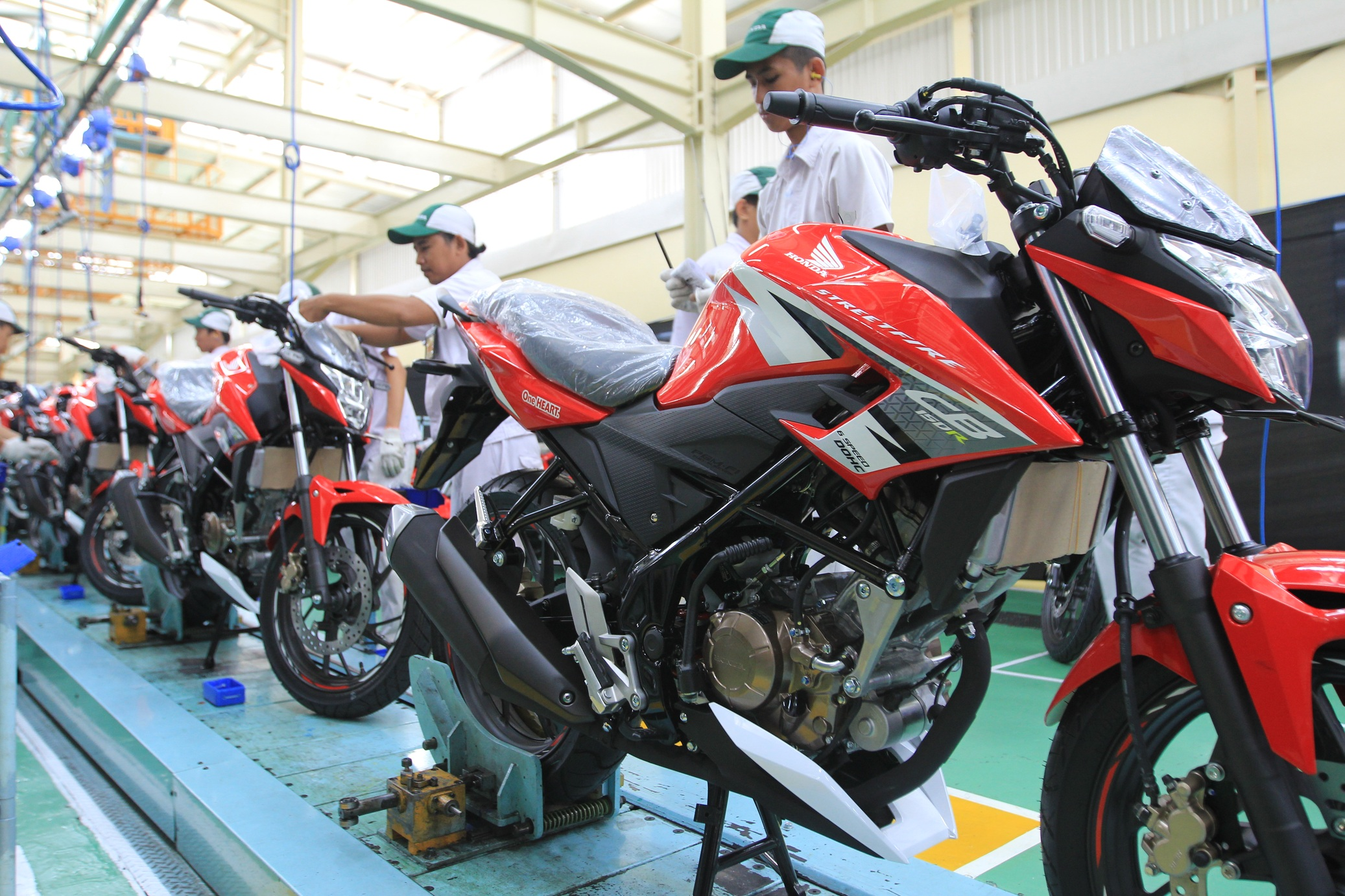 5 Pilihan Warna All New Honda CB150R Terbaru 2017 Nih Spesifikasi