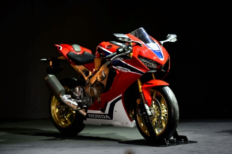 All New Honda CBR1000RR Fireblade 2017,Intermot Colonge,Jerman