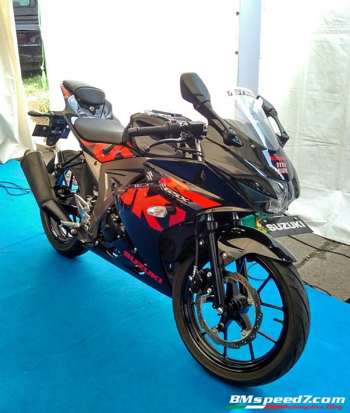 suzuki-gsx-r150-hitam