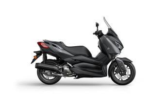 2018-Yamaha-XMAX-125-ABS-EU-Sonic-Grey-Foto-Studio-2