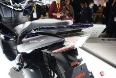Tampak-Belakang-Honda-PCX-Hybrid-2018