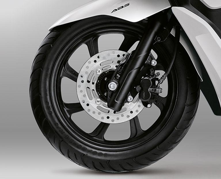 Fitur-Honda-PCX-2018-Front-disc-brake-BMSPEED7.COM_