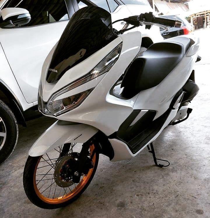 Modifikasi Honda Pcx 150 Terbaru 2018 Pakai Velg Ring 17 Dipadu Ban